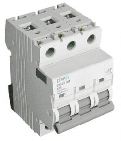 Interruptor - 3P 25 Amp	250/415V~ 50/60Hz Efapel 55525 3IT